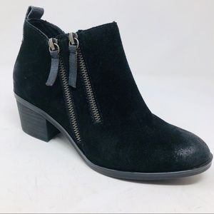 New White Mountain Sienna Suede Ankle Boots